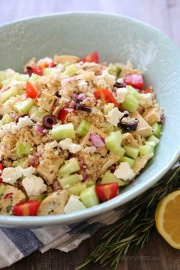 Chicken and quinoa salad made with cucumbers, feta, tomatoes and olives is perfect for summer!