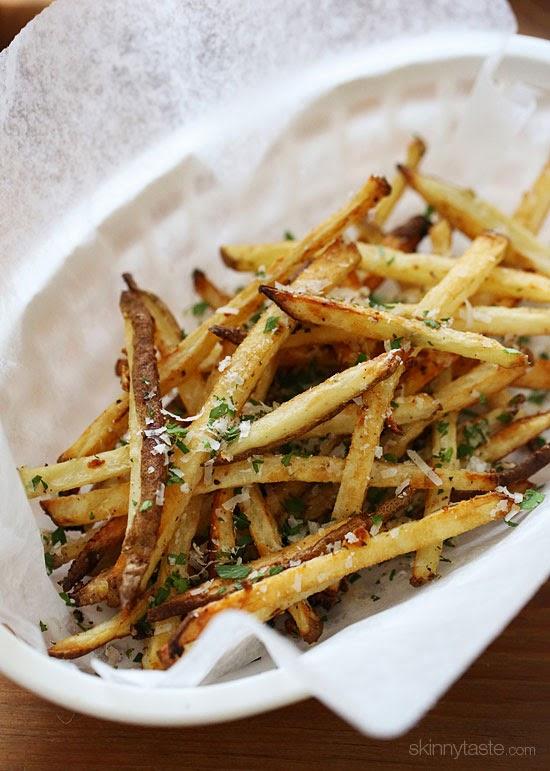 Skinny Garlic Parmesan Fries