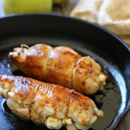chicken-breast-stuffed-with-pear-and-brie
