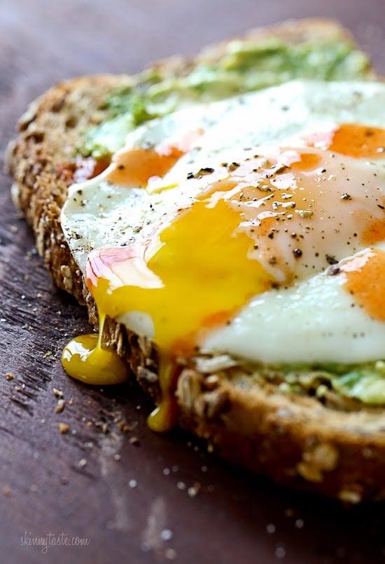 Avocado Toast Recipe with Sunnyside Egg