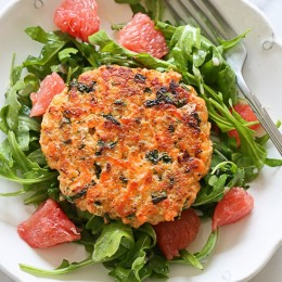Wild salmon, quinoa, and kale – these burgers are not only super healthy, loaded with good-for-you omegas and tons of protein (21-1/2 grams of protein) they also taste delicious and are easy to make. Serve them on a simple arugula salad with grapefruit, with a mustard-shallot vinaigrette.