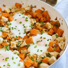 If you want a substantial breakfast, Sunday brunch or even lunch this is a great tasting dish! The sweet potatoes are savory, sauteed with onions and thyme and tossed with leftover diced chicken with eggs. Perfect for Sunday brunch or a light dinner.