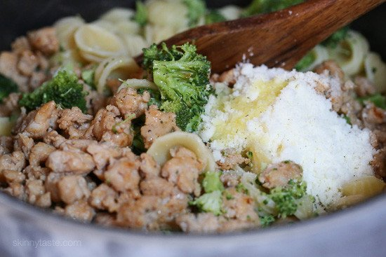 Orecchiette Pasta with Chicken Sausage and Broccoli is one of my favorite weeknight pasta dishes, my family loves it!