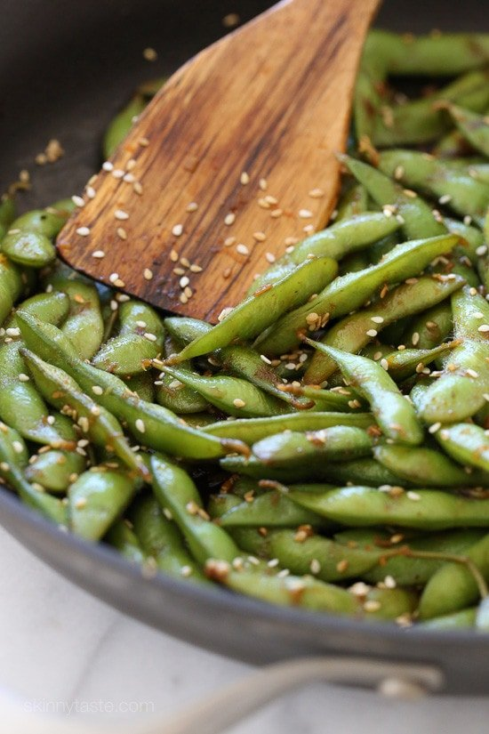 Spicy Garlic Edamame – extremely addicting!