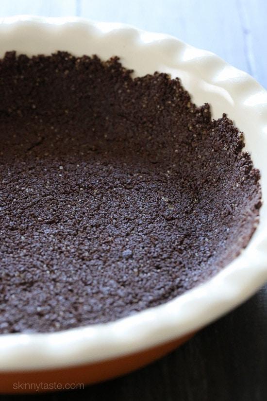 Easy 3-Ingredient Low-Fat Graham Crust