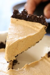 Pumpkin Spice No-Bake Cheesecake is an easy, light cheesecake made with pumpkin puree and spices. Under 10 minutes to make, if you use ready-made crust.