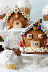 Cupcake-Christmas-Village