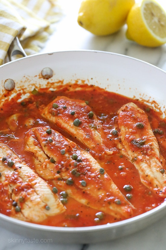 Skillet fish fillet with tomatoes white wine and capers for White wine with fish