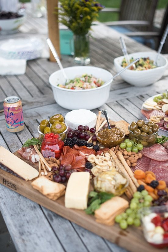 Christmas Cheese Board Ideas.How To Make An Epic Charcuterie And Cheese Board