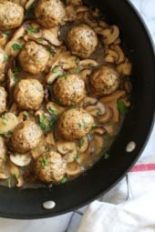 These Chicken Marsala Meatballs are a fun twist in the classic dish! Great served over butternut squash or egg noodles.