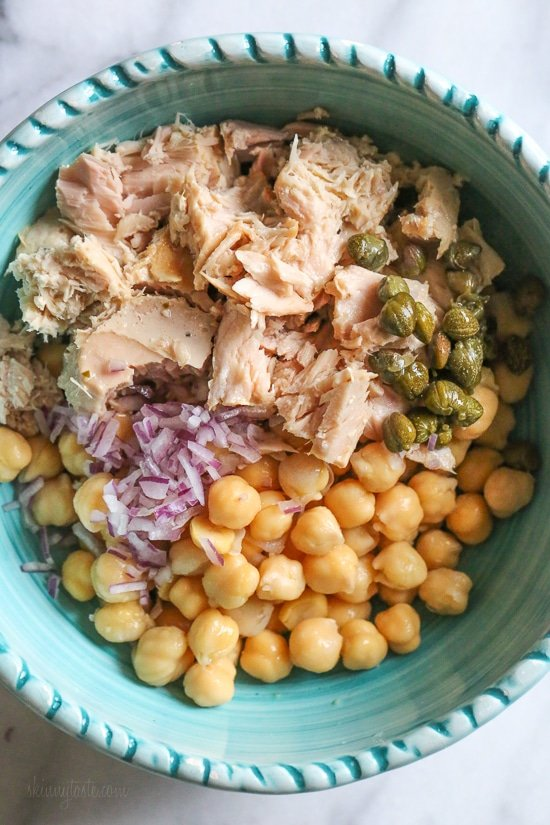 Chickpea Tuna Salad with capers is perfect for lunch! Quick and easy for meal prep! Healthy and filling, this mayo-less Tuna Salad is loaded with protein and Omega 3s and tastes even better the next day.