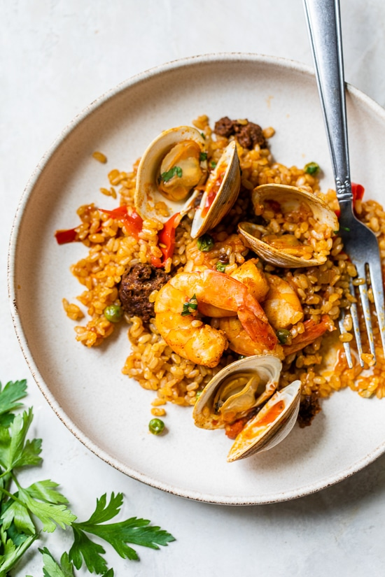 Home.fit Weeknight-Paella-11 Weeknight Clam and Shrimp Seafood Paella