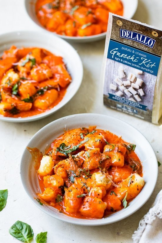 Gnocchi with Grilled Chicken in Roasted Red Pepper Sauce
