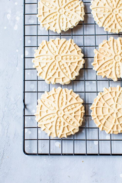 pizzelles on cooling rack