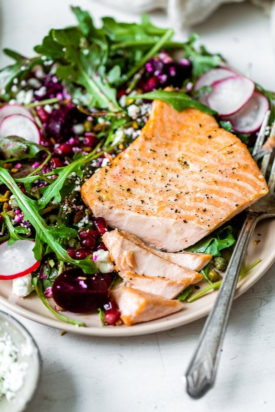 "Salmon, beet and rocket salad-8 ""width ="" 550 ""height ="" 825 ""data-pin-description ="" This lovely heart-healthy salad makes salmon fillets a focal point on the colorful salad with many textures. ""-pin-title ="" Salmon, beet and rocket salad-8 ""srcset ="" https://www.skinnytaste.com/wp-content/uploads/2021/02/Salmon-Beet-and-Arugula- Salad-8 .jpg 550w, https://www.skinnytaste.com/wp-content/uploads/2021/02/Salmon-Beet-and-Arugula-Salad-8-500x750.jpg 500w, https: // www. skinnytaste.com /wp-content/uploads/2021/02/Salmon-Beet-and-Arugula-Salad-8-170x255.jpg 170w, https://www.skinnytaste.com/wp-content/uploads/2021/02 / Salmon- beet-rocket-salad-8-260x390.jpg 260w, https://www.skinnytaste.com/wp-content/uploads/2021/02/Salmon-Beet-and-Arugula-Salad-8-150x225. jpg 150w ""data sizes ="" (maximum width: 550px) 100vw, 550px"