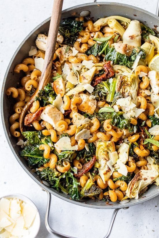 Home.fit One-Pot-Chicken-and-Artichoke-Cavatappi-8 One-Pot Chicken and Artichoke Cavatappi