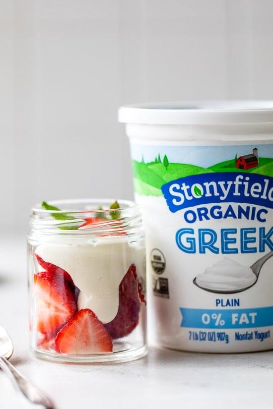 Strawberry yogurt whipped cream